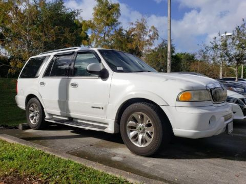 Pre-Owned 2001 Lincoln Navigator